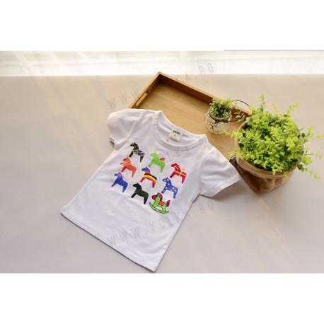 Tricou cu imprimeu caluti