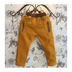 Pantaloni captusiti pentru fete